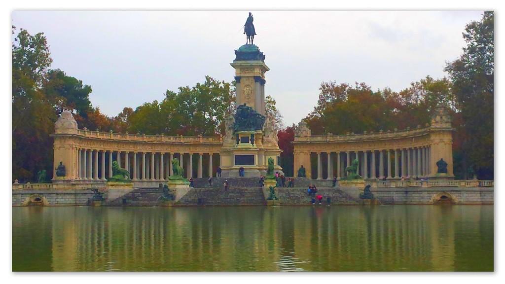 Image: Alfonso XII Monument, El Buen Retiro Park, Madrid, Spain
